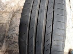 Vendo 2 pneus Continental, semi novos.  Medida 235/ 55 R18