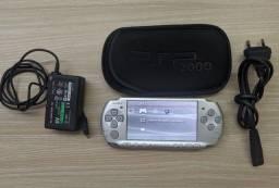 Título do anúncio: PSP 3001 com 14 jogos não leia a descrição