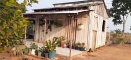 Vende-se está casa na villa do Incra
