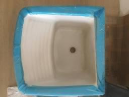 Tanque de ceramica com coluna nunca utilizado