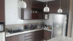 Casa de 3 quartos, suíte e area de lazer com churrasqueira 2 vagas