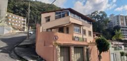 Título do anúncio: Casa para Venda em Juiz de Fora, Santa Helena, 5 dormitórios, 2 suítes, 4 banheiros, 4 vag