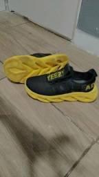 Sapato adidas 2020 número 41 usado