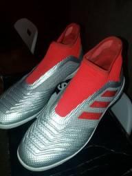 Chuteira Adidas Predator Society Tam. 39