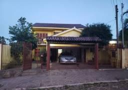 Linda casa na T Neves com 196m