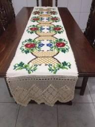 Caminhos de mesa artesanais