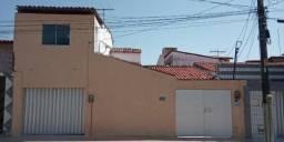 Álvaro Weyne - Imóvel Duplex (duas casas) de 250m² com 6 quartos e 3 vagas