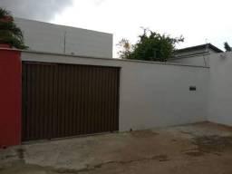 Vende-se casa no Santa Genoveva 2, entre o Quartel do Exército e Saída para Nerópolis