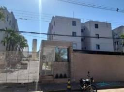 Apartamento com 3 dormitórios para alugar, 54 m² por R$ 700,00/mês - Parque Jamaica - Lond