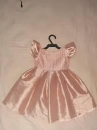 Vende-se vestido usado uma única vez para 1 Aninho