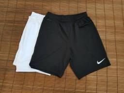 Shorts NIKE seminovo Tam p/m $15