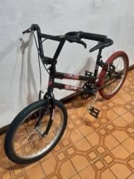 Aproveite !! Bike aro 20 infantil menino ! Wats 99751.4493