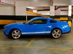 Mustang 2010 V6 - IPVA 2021 pago