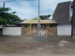 CASA com 2 dormitórios à venda por R$ 155.000,00 no bairro Balneário Shangrilá - PONTAL DO