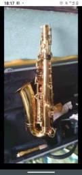 Título do anúncio: Saxofone ?