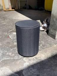 Vendo Puff em formato de barril (pequeno),recém reformado(trocado tecido e espuma),