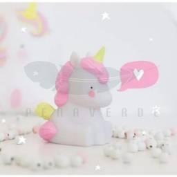 Mini luminária infantil em forma de Unicórnio com luz Led