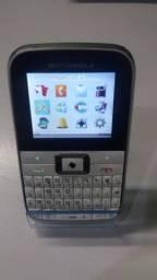Título do anúncio: Celular Motorola EX108