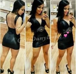 Vestido curto - fica perfeito no corpo