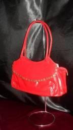 Para quem adora sair elegante ( bolsa de couro por apenas 60,00)