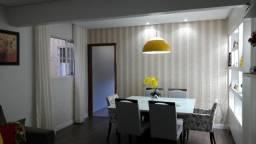 QND, casa 3 quartos, reforma de muito bom gosto, aceita FGTS e financiamento