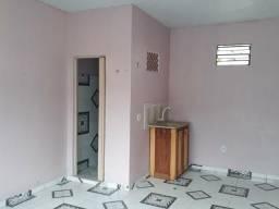 Vende-se imóvel com suites/kitnets em Parintins