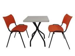 Conjunto de mesa quadrada ideal para bares, sorveterias, buffets, refeitórios