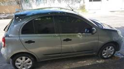 Nissan March 1.6 - 2012/13 - Usado - 2013