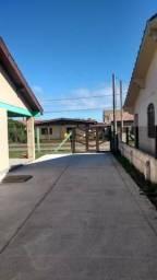Praia alugo casa centro de cidreira até 15 dezembro 150 reais pra até 4 pessoas