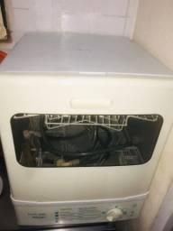 Máquina lavar ? louça