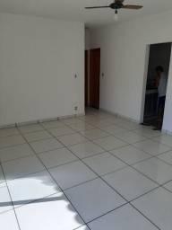Apto, Bairro Piedade, na Rua Amorim, 50/306