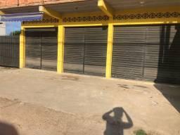 2 lojas em Itaipuaçu com terreno grande!