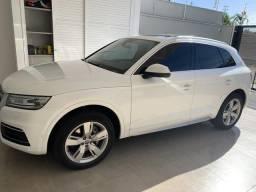 Vendo Audi Q5 Branco 2018/2018 Ambiente