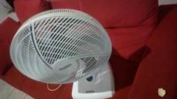 Vende-se um ventilador mundial grande