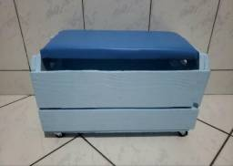 Baú Rústico de Rodinha de Caixote de Madeira Azul Pastel