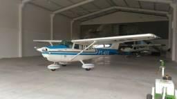 Avião Cessna 172M