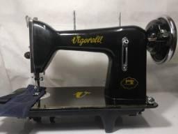 Máquina de Costura reta Vigorelli, Pretinha