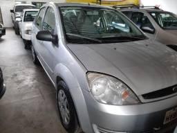 Ford Fiesta Sedã 2005 - 2005
