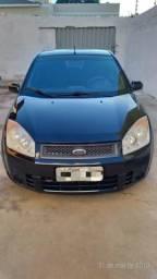 Vendo Ford Fiesta Hatch - 2009