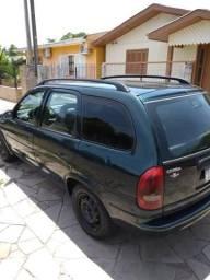 Corsa Wagon 1.6 8 válvulas - 1997