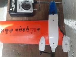 Avião de controle remoto (conserto )