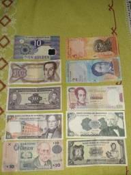 Dinheiro do exterior.