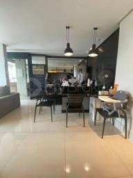 Apartamento de 2 Qts c Suíte Mobiliado