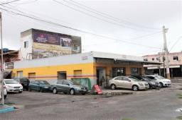 Prédio Comercial de esquina na Av.Maranhão