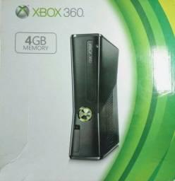 Título do anúncio: Xbox 360 HD 250 GB com Kinect e Jogos