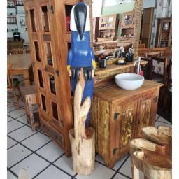 Decoração de Madeira Cor Azul ou Vermelha
