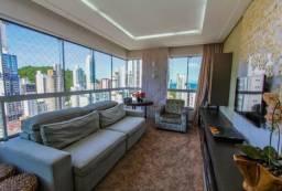 Exclusivo 1 por Andar*Apartamento finamente mobiliado e equipado- 2 Suites+ escritorio