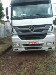 Caminhão Mercedes- Benz e carreta Schiffer