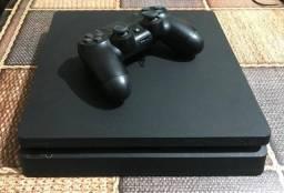 Playstation 4 Slim (Semi Novo) 500gb