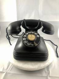 Antigo Telefone em Baquelite